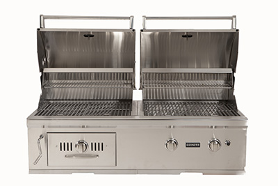 Coyote outdoor living introduces the industry 39 s first for Coyote outdoor grills