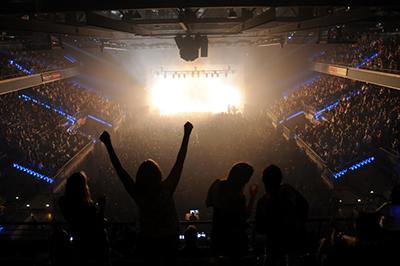 HRL - Stone Temple Pilots crowd-433 jpg e Courtesy Hard Rock Cafe International