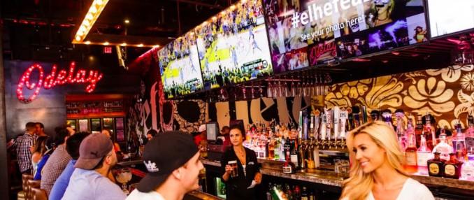 Digital Signage Enhances the Customer Experience at Restaurants