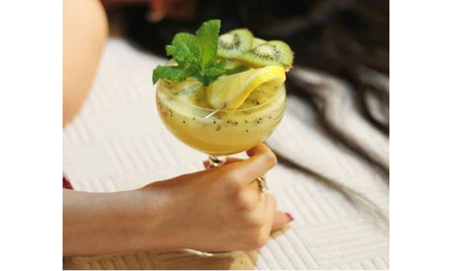REGATTA CRAFT MIXERS INSPIRE AT-HOME CREATIVITY TO MAKE NO- & LOW-ABV COCKTAILS BETTER!