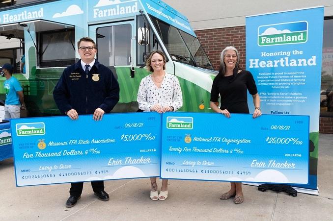 Farmland® Launches Its Honoring The Heartland Tour